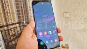 Samsung Galaxy A52 Hands-On Photos