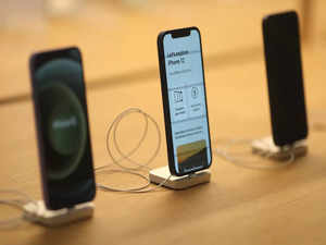 iPhone 14 series will get 5G; no mini variant next year: Report