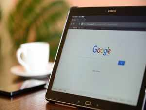 How to turn off the 'Sign in with Google' prompt on websites